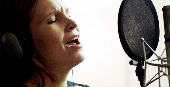 singing-home